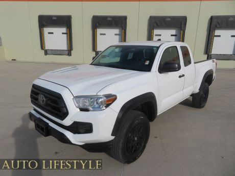 Picture of 2020 Toyota Tacoma