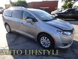Picture of 2019 Chrysler Pacifica