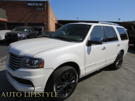 Picture of 2015 Lincoln Navigator