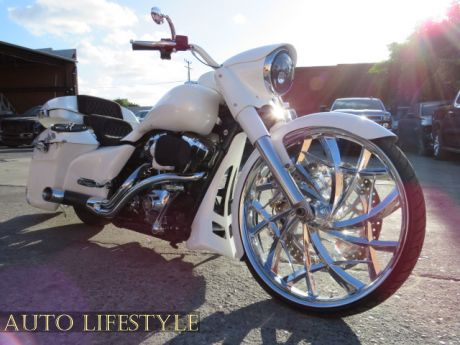 Picture of 2014 Harley-Davidson FLHP ROAD KING