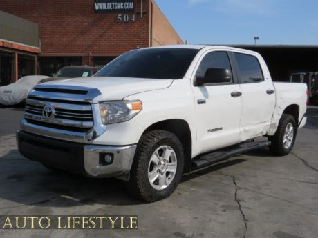 Picture of 2017 Toyota Tundra