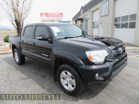 Picture of 2015 Toyota Tacoma