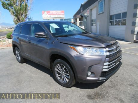 Picture of 2019 Toyota Highlander