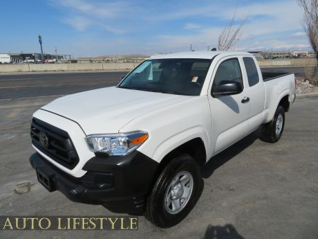 Picture of 2021 Toyota Tacoma
