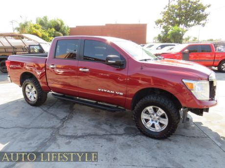 Picture of 2018 Nissan Titan