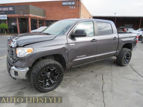 Picture of 2015 Toyota Tundra Truck