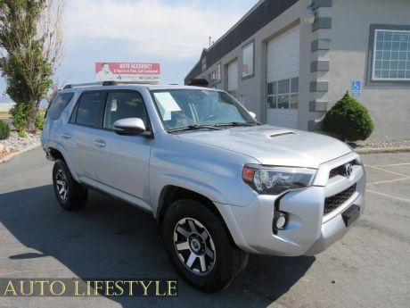 Picture of 2018 Toyota 4Runner