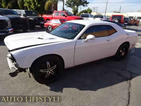 Picture of 2013 Dodge Challenger