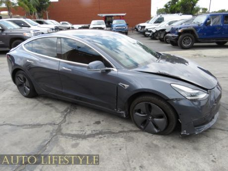 Picture of 2019 Tesla Model 3